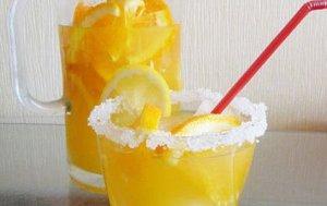 Апельсиновый крюшон с шампанским