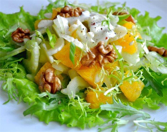 Салат с апельсином и грецким орехом