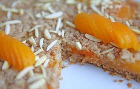 Овсяный пирог с абрикосами