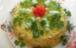 Закусочный пирог из кабачков с сыром