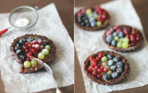 Шоколадные корзиночки с ягодами