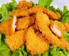 Кусочки куриного филе в панировке