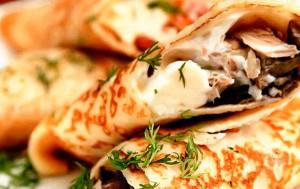 Блины гречневые с курицей и сыром