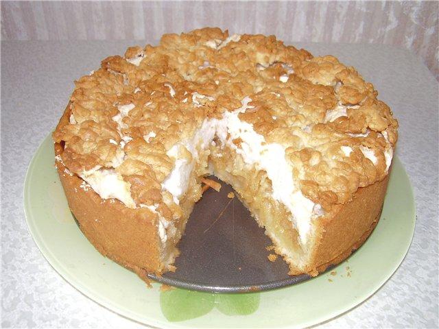 Очень вкусный, нежный яблочный пирог с безе