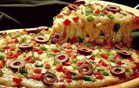 Почему стоит заказать пиццу и какая она бывает?