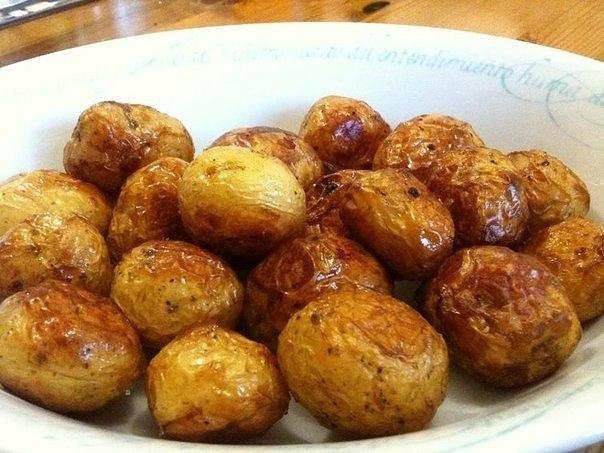 Картофель, запеченный с мёдом и травами