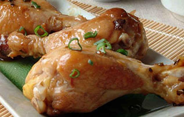 Тушеные куриные голени