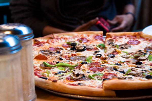 Особенности приготовления пиццы