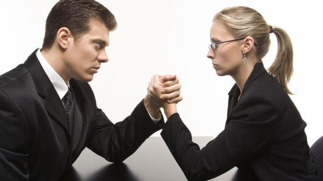 Как мужчины мешают женщинам делать карьеру