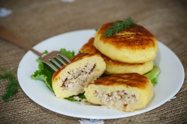 Зразы картофельные с курицей