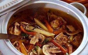 Холодный суп из сушеных грибов