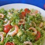 Гаридосалата (Салат с креветками и картофелем)