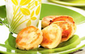 Cырники с изюмом