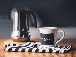 Как приготовить кофе в гейзерной кофеварке (мока)