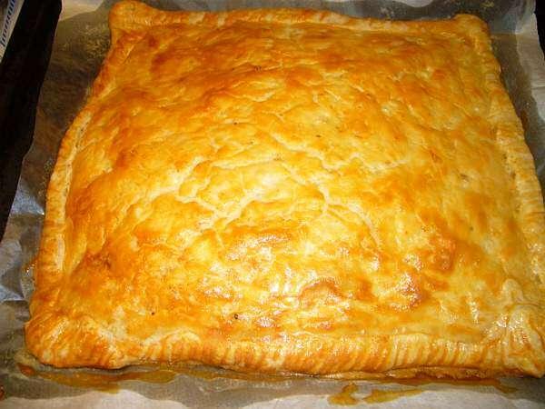 Рецепт сырного пирога с луком