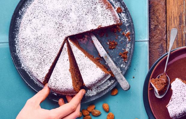 Шоколадный торт с миндальной мукой