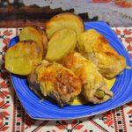 Куриные рулетики в сырном соусе на новогодний стол