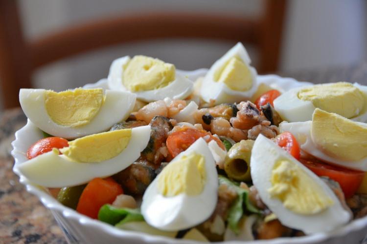 Греческий салат из морепродуктов