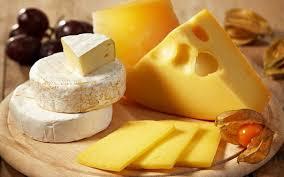 Чем полезен сыр при диете?