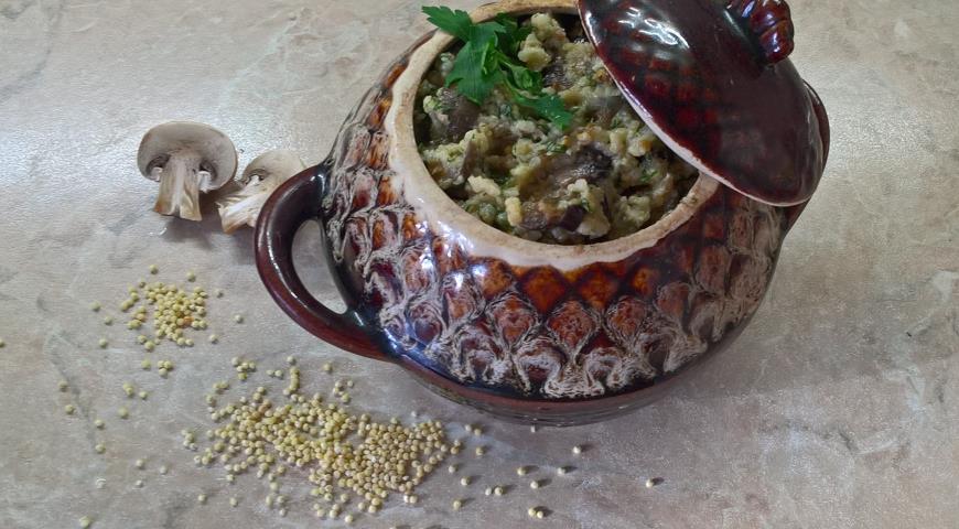 Пшенка с грибами и баклажанами