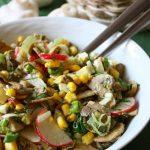 Весенний грибной салат с редисом, яйцами и кукурузой