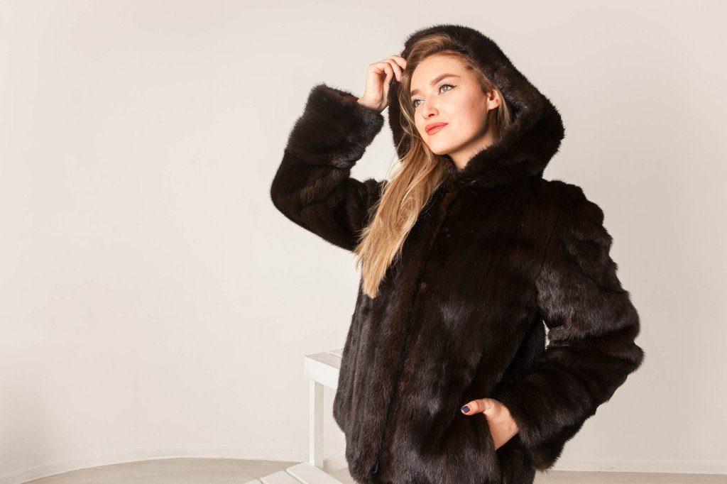 Сделайте себя самой счастливой, купите меховые изделия по самой доступной цене в нашем интернет-магазине MissLora