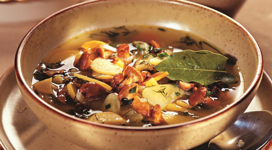 Суп из лисичек с репой