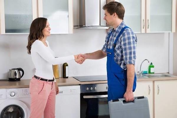 Ремонт холодильников в доме