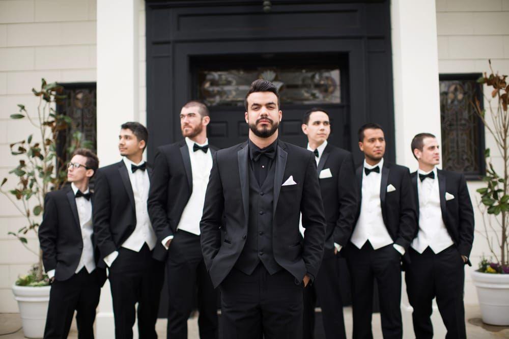 Советы специалиста по выбору костюма жениха
