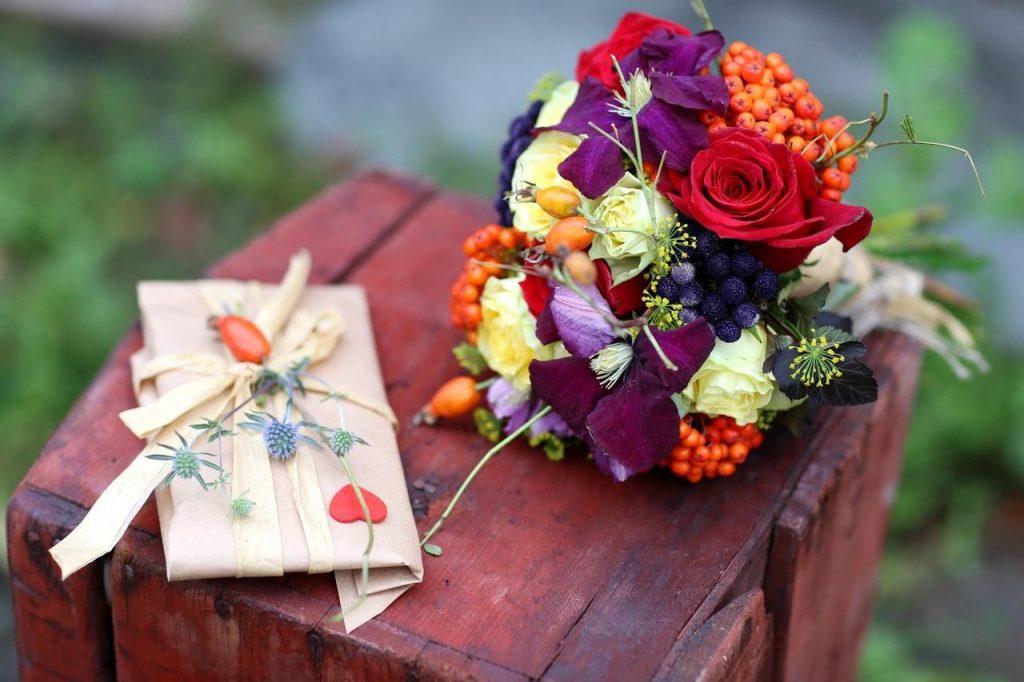 Качественные услуги доставки цветов в Курске от Iris24.ru