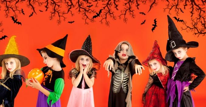 Идеи самых простых костюмов для Хэллоуина на скорую руку.