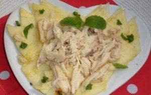Карпаччо из ананаса и курицы
