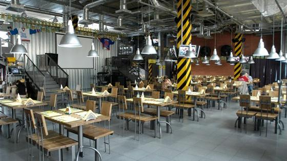 Ресторан «Сварня»: тёплые встречи в строгой атмосфере.
