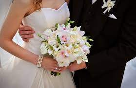 Лилия в букете невесты