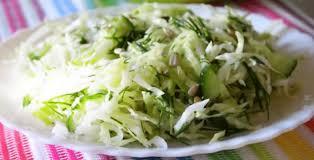 Салат с молодой капустой и огурцами