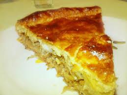 Пирог с треской и квашеной капустой