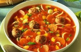Суп томатный с сосисками