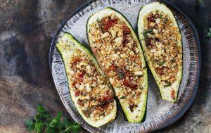 Кабачки с помидорами, творогом и орешками