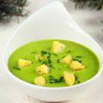 Суп из брокколи с оливками и базиликом