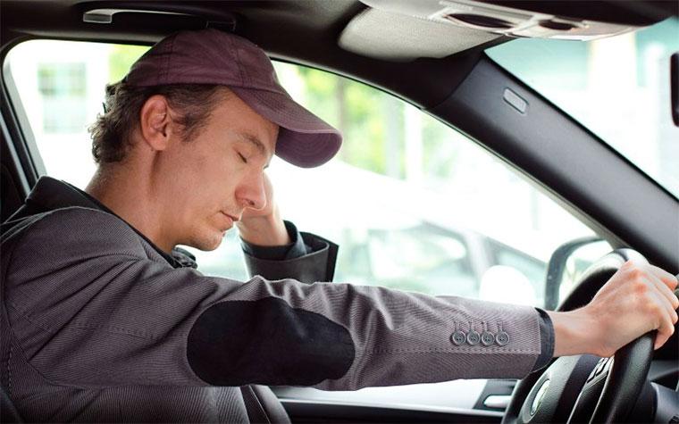 Советы от FreeFuel по предотвращению засыпания за рулем