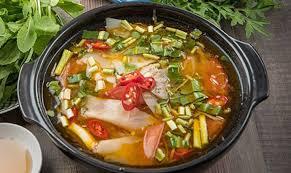 Суп из чечевицы со свекольной ботвой