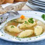 Клецки по-польски. Суп с клецками.