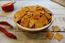 Натуральные чипсы из лаваша с паприкой