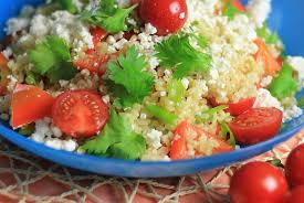Тёплый салат из булгура и овощей