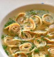 Мясной суп с блинами