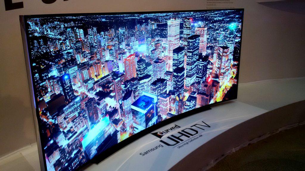Плоский или изогнутый телевизор: сравнение