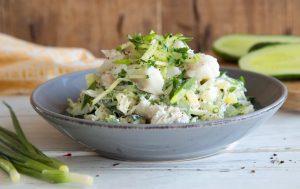Салат с огурцами, картофелем и треской