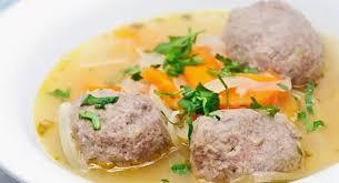 Острый суп с «ежиками»