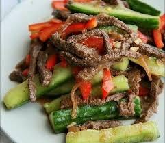 Огурцы с мясом по-корейски