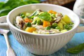 Куриный суп с вермишелью и горошком